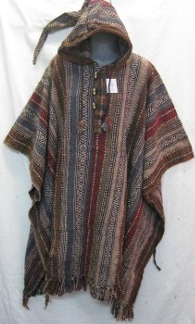 Poncho Long Maroon Has front pocket, hoodie & tassels. Heavy 100% cotton