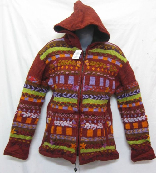 Jacket Wool Maroon Has zip up front, hoodie & side pockets 100% wool & fully fleecy lined Fits up to 14