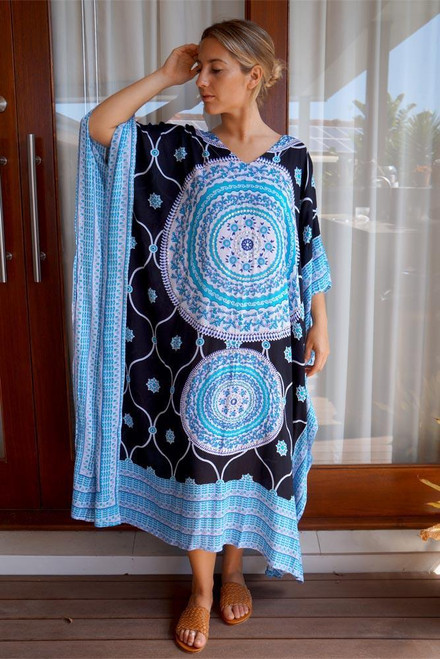 Long Kaftan Blue Bling up to size 24