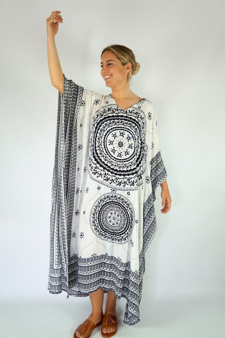 Long Kaftan White Bling up to size 24