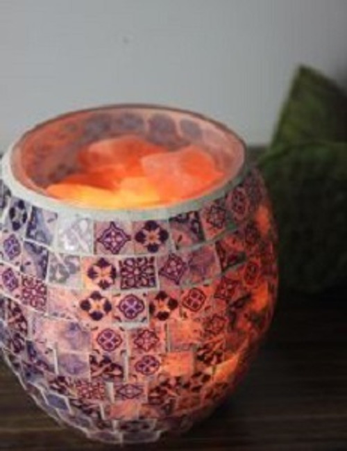 Mosiac Himalayan Salt Lamp. Gives a beautiful warm glow. Great for any decor. Approx 15cm x 13.5cm