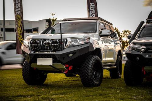 Prado 150 Predator bar with optional lights