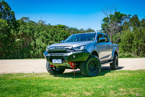 2021 Dmax Predator bar fitted with optional stealth hoop and twin light bars