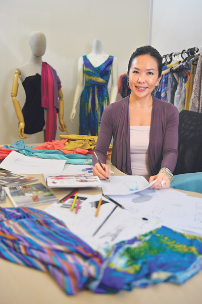 Sharon Ho-Norton, Mothers en Vogue in Straits Times Interview.