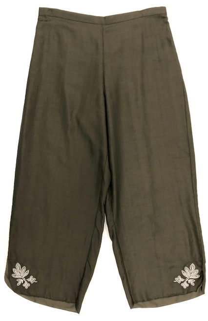 LIFESTYLE CROPPED PANT W/ EMBROIDERY OLIVE