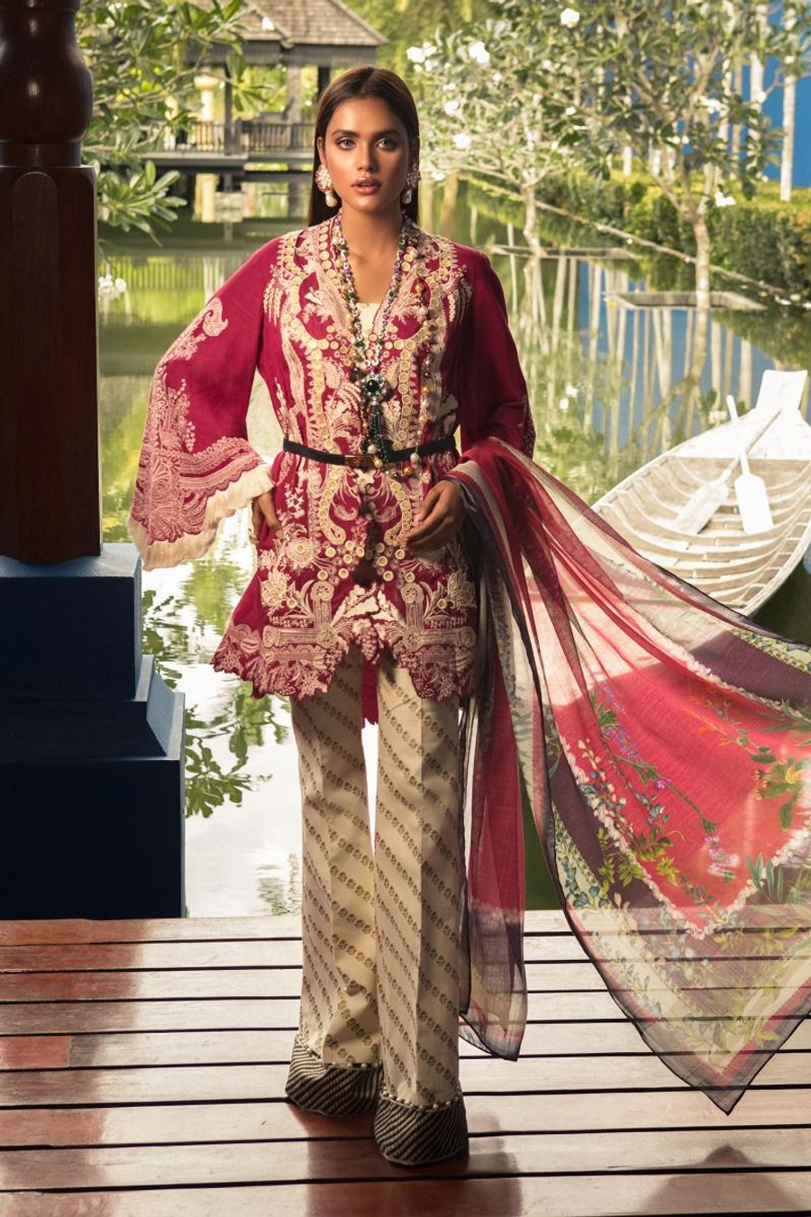 Sana Safinaz Luxury Lawn 2020 D-016A