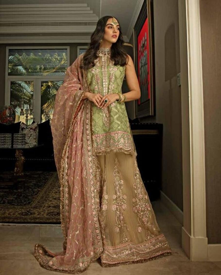 Sobia Nazir NUR Festive Collection-NR20-D05