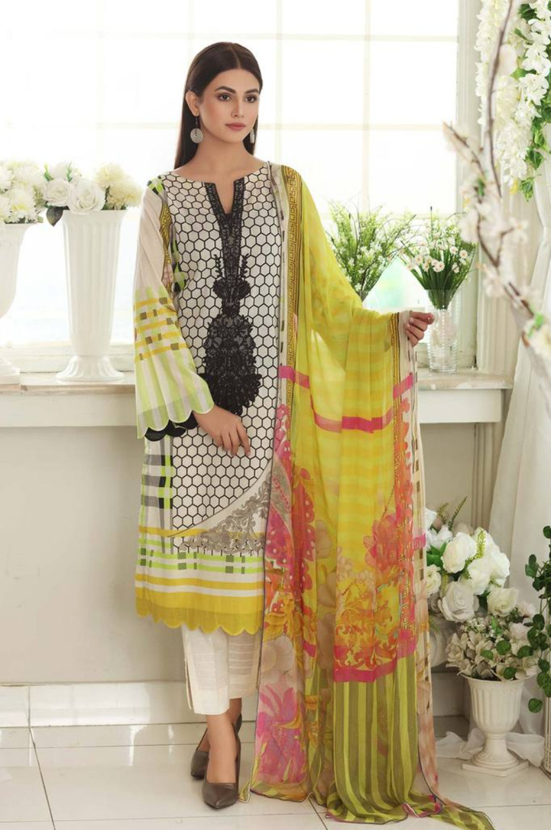 Charizma Embroidered Lawn 2021 CEL-11