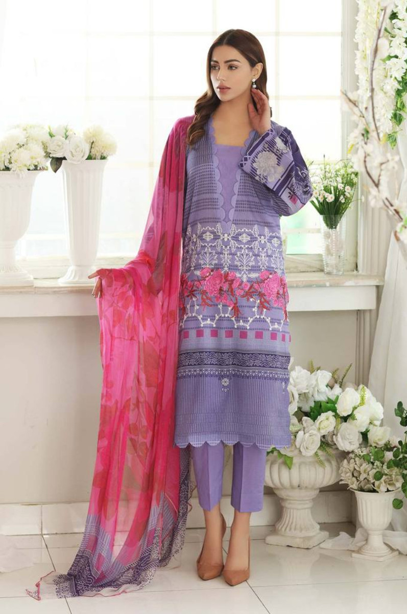 Charizma Embroidered Lawn 2021 CEL-10