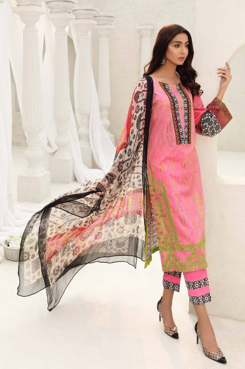 Charizma Embroidered Lawn 2021 CEL-08
