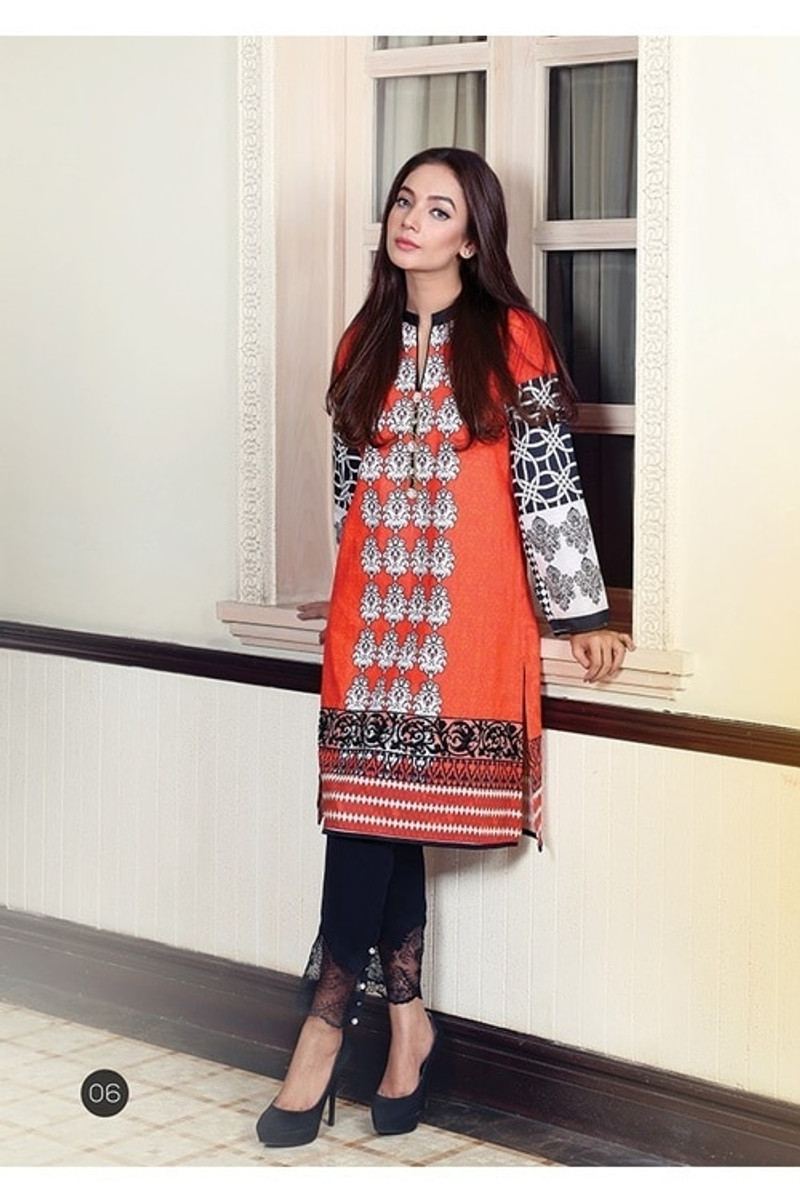 Saadia Asad Embroidered 03