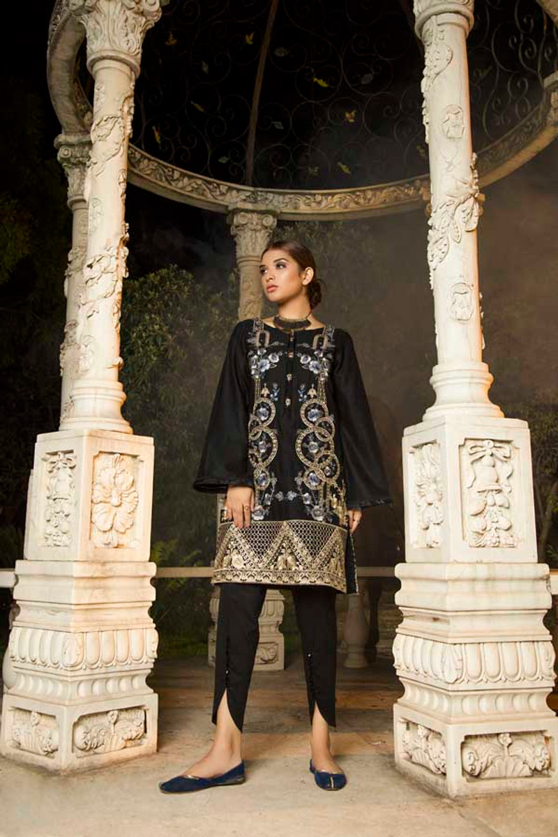 Muzayyan Embroidered Kurti Sable Black ALM 08