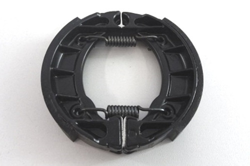 Brake shoes with spring assembled black painted