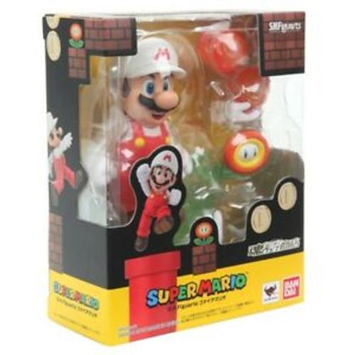 Bandai S.H. Figuarts - Super Mario (Fire Mario)