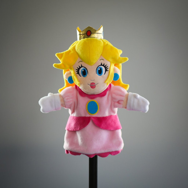 SMB Princess Peach Plush Puppet