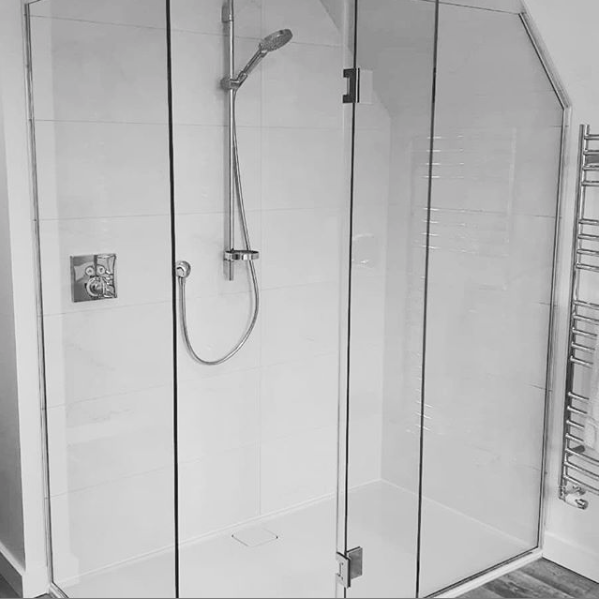 shower-glass-bristol.png