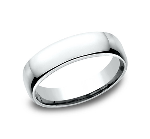 Euro-Comfort-Fit Wedding Band with a High Polish Finish in a 5.5mm Width