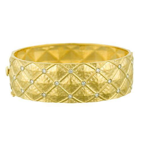 18kt Yellow Gold Hinged Lattice Diamond Bangle Bracelet