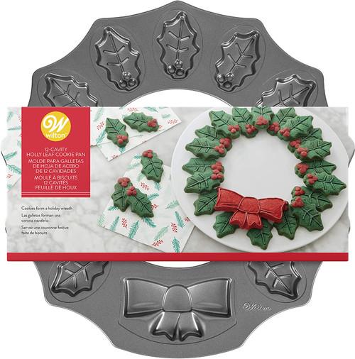 Wilton Christmas Wreath Cookie Pan 12 Cavity Leaves Bow