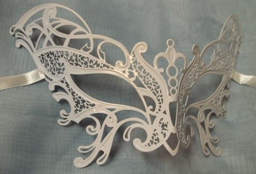 Butterfly White Masquerade Mardi Gras Mask Venetian Metal FilIgree