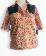 Short Sleeve 5 Button Popover Style Shooting Shirt in Floral Lawn