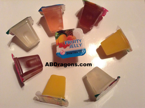 Jelly comes in a quantity of 4 and 8 1 OZ cups/