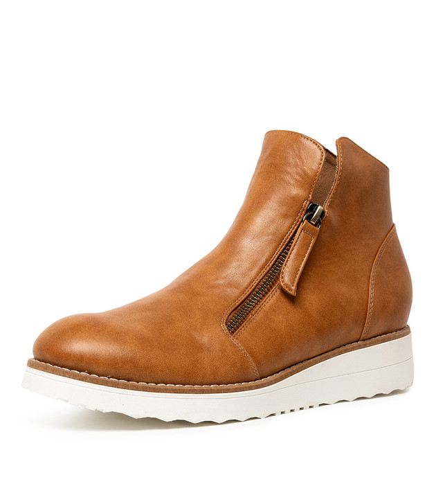 ORIE TAN SMOOTH BOOTS