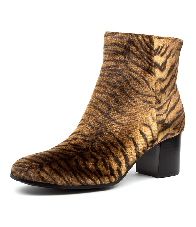 NELLIE TAN TIGER BOOTS
