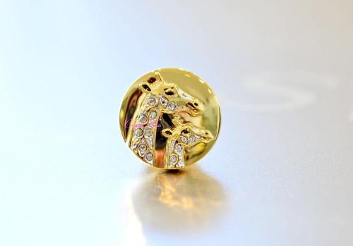 Swarovski Crystal SCS Event Giraffe Gold Plated Tack Pin 5387950
