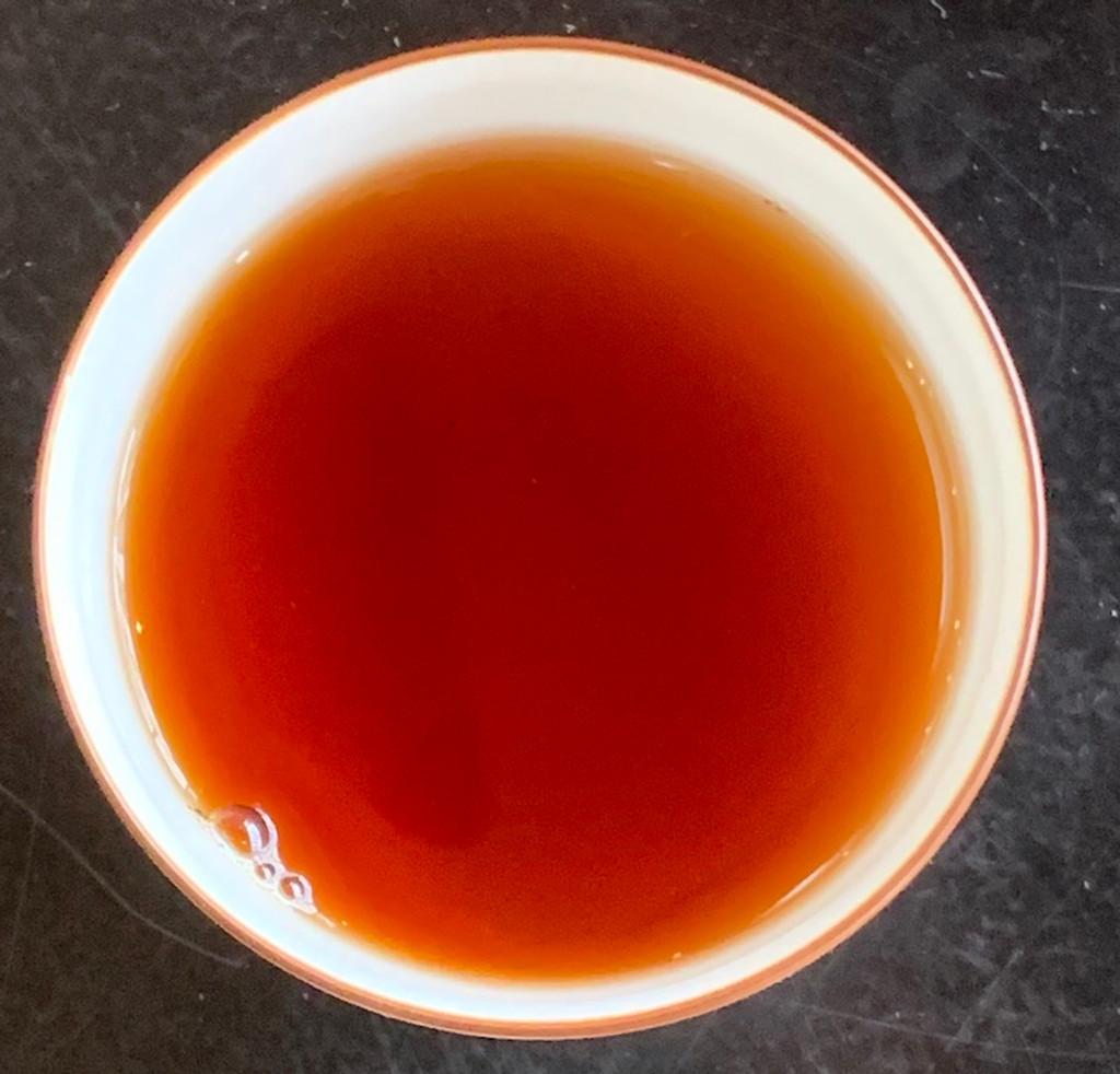 Aged Liu Bao tea soup