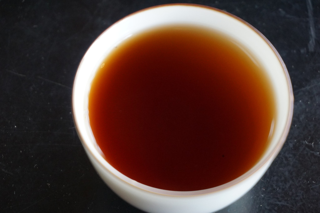 Cooked Plum 2007 cooked puer tea Rich, cacao, fungal