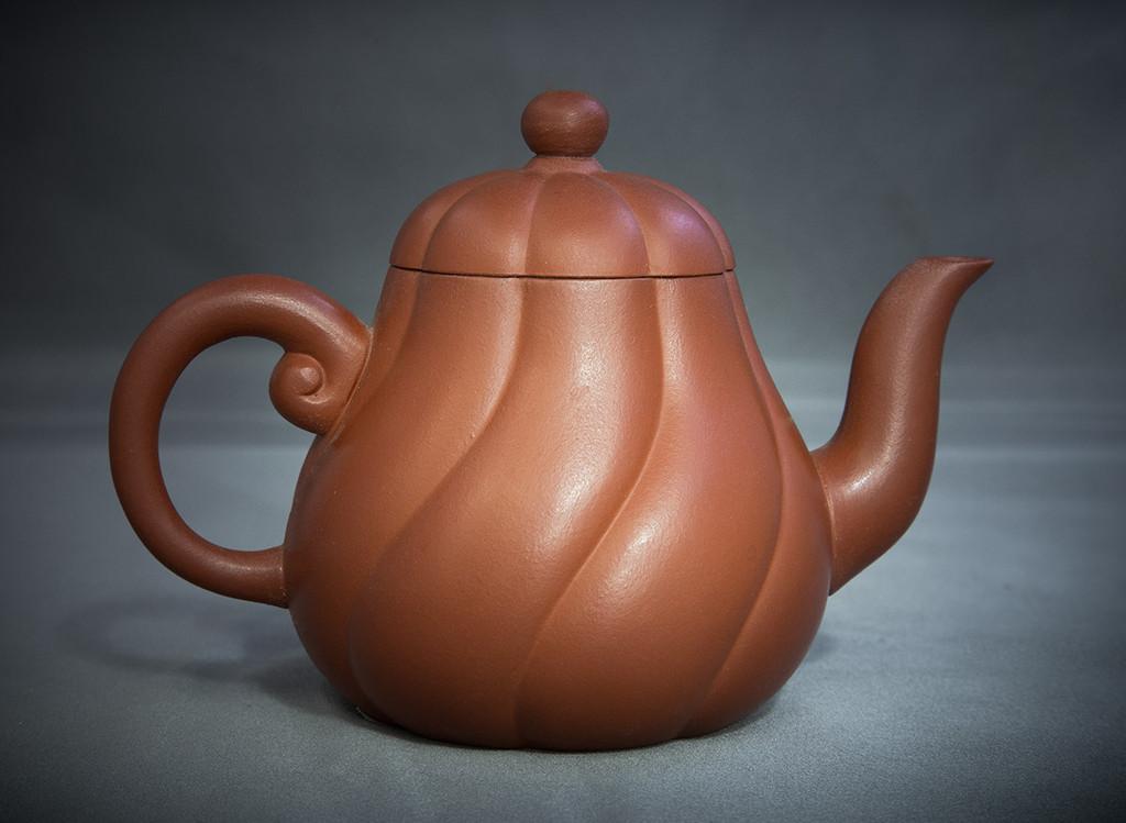 Melon shape yi xing style teapot