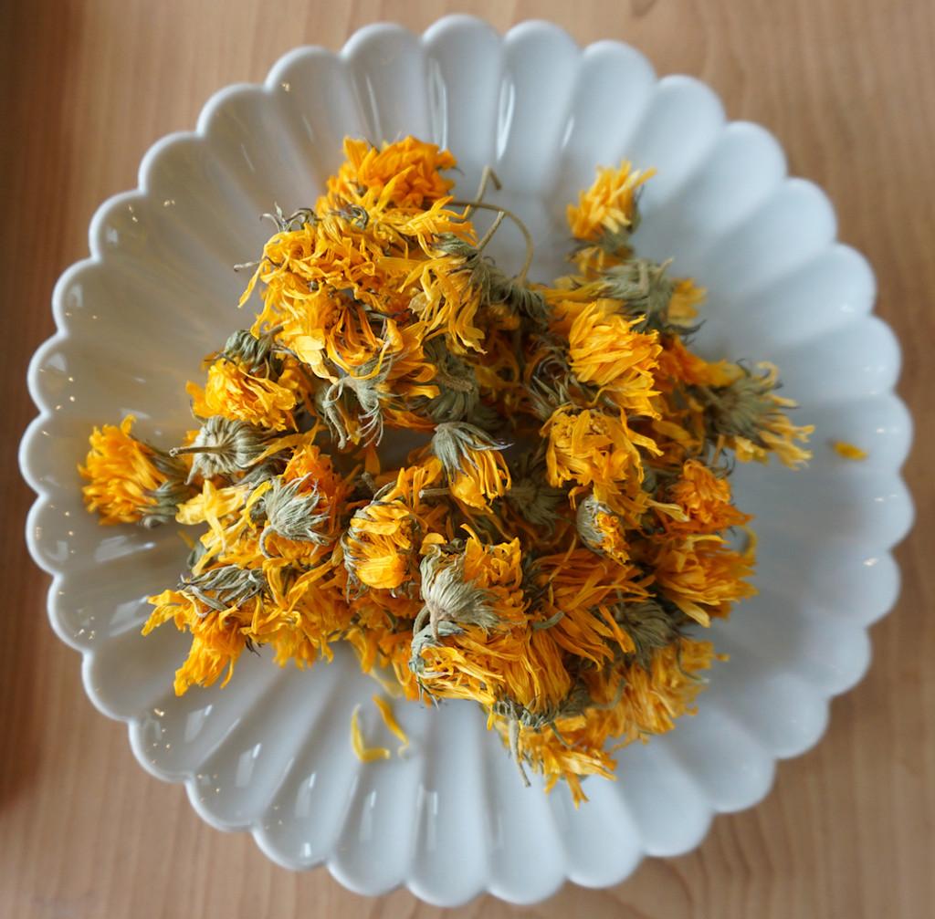 calendula flowers grown in Eugene, Oregon herbal tea