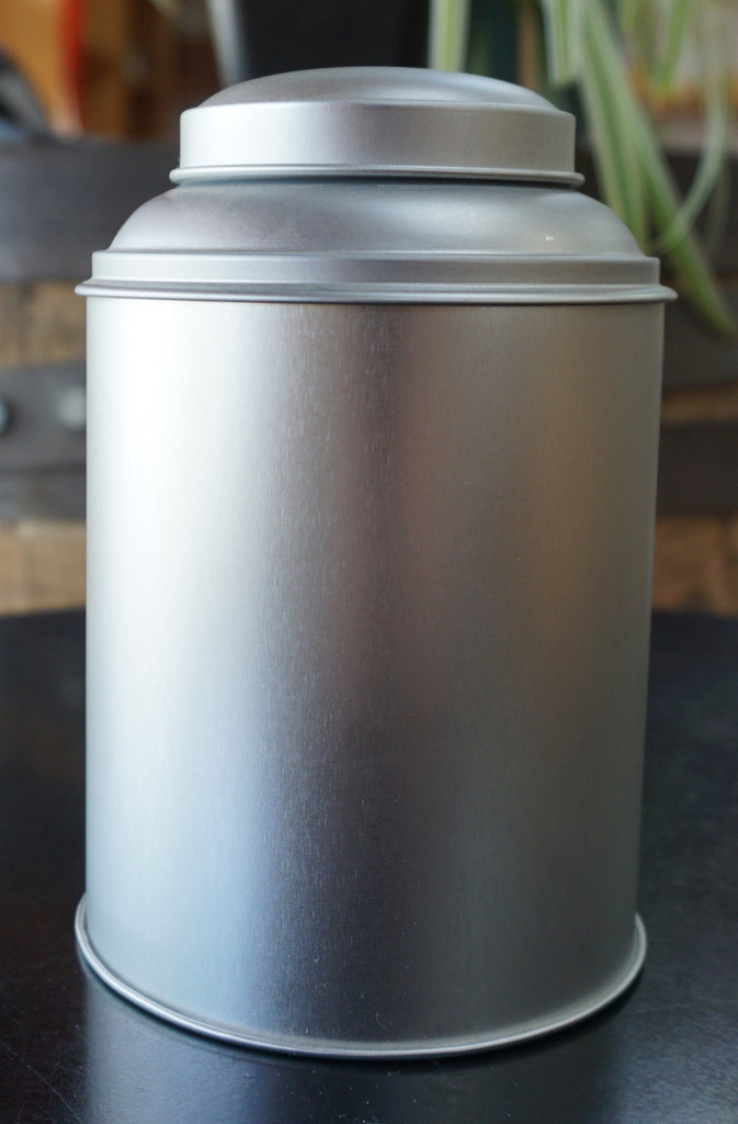 tea tin round stackable holds 1/4 to 1/2 lb. of tea