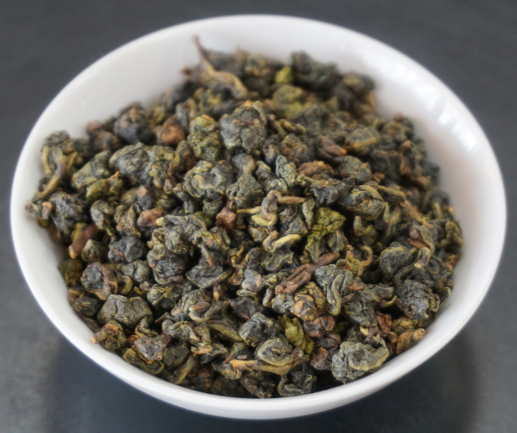 Tribute oolong tea leaf