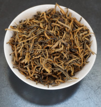 black tea Yunnan Gold Tips