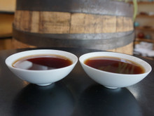 aged oolong tea liquid