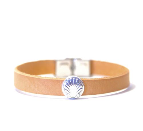 Camino de Santiago Scallop Shell Bracelet