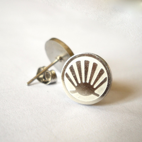 Stainless steel scallop shell earrings