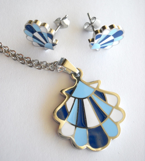 Camino de Santiago Scallop Shell enamel Earrings and Pendant set