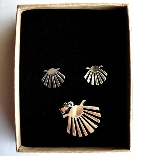 Camino de Santiago Scallop Shell Earrings and Pendant set