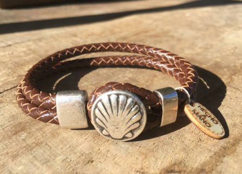 Camino de Santiago Scallop Shell Pilgrim Leather Bracelet