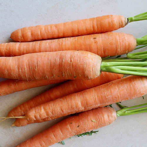 Organic Orange Carrots (2lb bag)