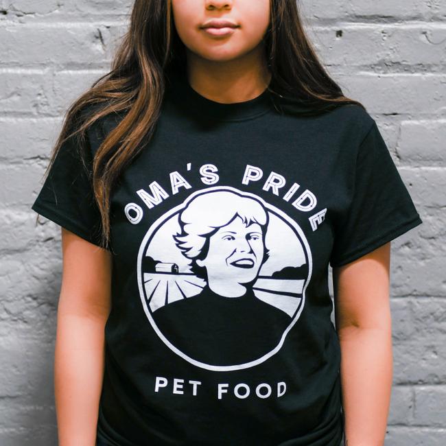 Oma's Pride Logo T-Shirt - Black - Front - Ana