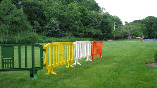 Movit Plastic Barricades | Yellow