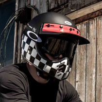 Free Oakley O-Frame Goggles with each helmet.