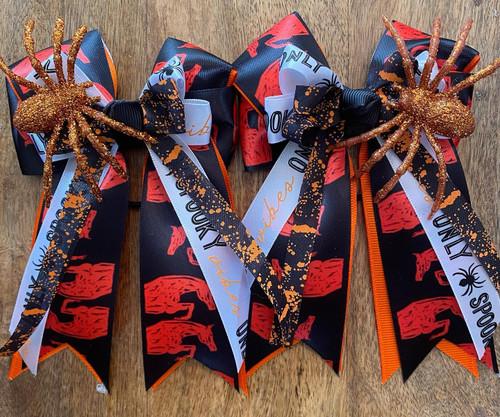 Spooky Jumper Show Bows