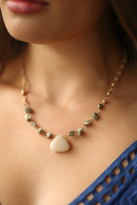 Ivory Natural Stone Pendant Necklace