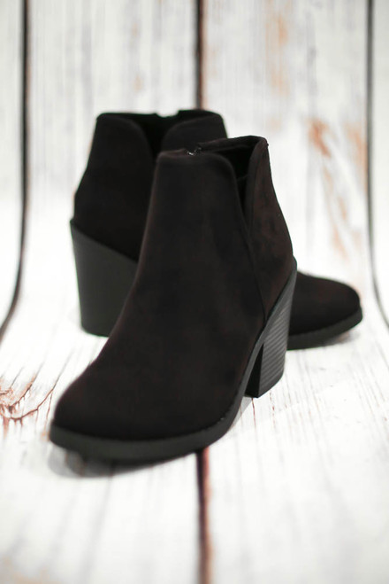 Ellie Simple Black Bootie
