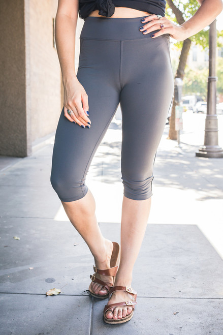 Activated Athletics Pine Cropped Leggings with Side Pocket front view.